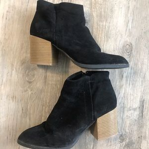 Shoes - Pointed Toe Black Booties